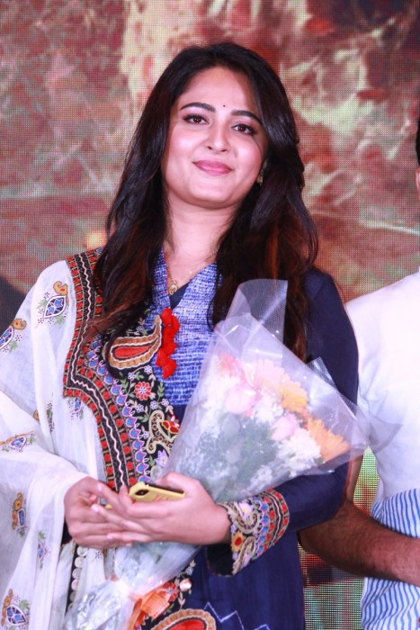 Photos: An elegant Anushka Shetty attends the audio launch of Bhaagamathie