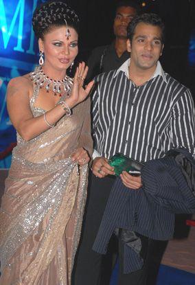 राखी सावंत के एक्स-बॉयफ्रेंड को मिली दुल्हनियां, अगले महीने करेंगे शादी