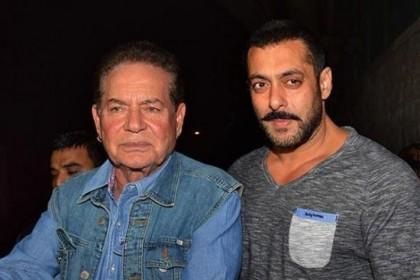 सलमान के पिता सलीम खान हालिया रिलीज टाइगर जिंदा है में सलमान के प्रदर्शन से काफी प्रभावित हो गए हैं।