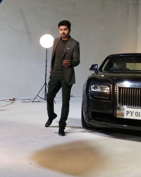 Vijay looks awesome in these photos from the Thalapathy 62 photoshoot
