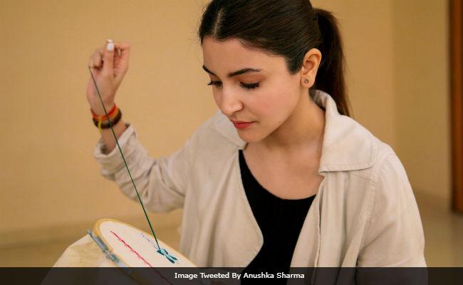 शादी के बाद 'सुई- धागा' लेकर किसकी कहानी बुन रही है अनुष्का शर्मा