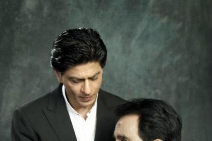 अब ऐसे दिखने लगे हैं दिलीप कुमार ..शाहरुख़ खान पहुंचे हाल चाल लेने