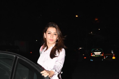 Photos: A charming Hansika chills in Mumbai