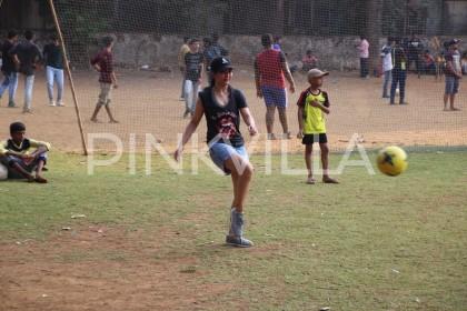Photos: Akshara Haasan plays football with her buddies