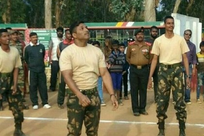 Watch Video: Allu Arjun playing volleyball with army men on the sets of Naa Peru Surya is momentous
