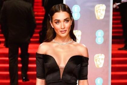 Photo: A stunning Amy Jackson attends BAFTA 2018