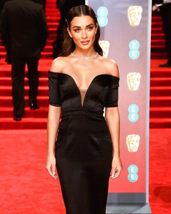 Photo: A stunning Amy Jackson attends BAFTA 2018