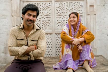 अनुष्का शर्मा और वरुण धवन की फिल्म का पहला लुक आया सामने
