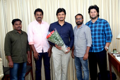 Actor Jiiva teams up with acclaimed filmmaker Raju Murugan for a film titled 'Gypsy'