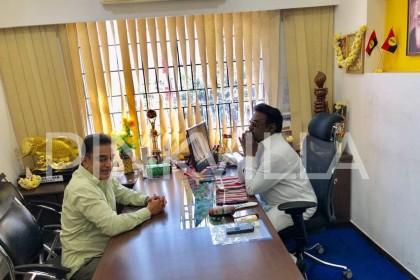 Photos: Kamal Haasan meets actor-turned-politician Vijayakanth