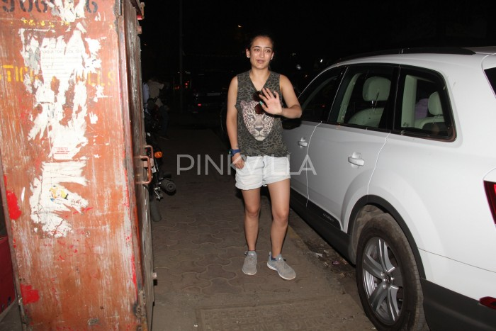 Photos: A Lovely Akshara Haasan spotted in Mumbai