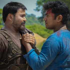 See Pic: Mohanlal and Nivin Pauly look vigorous in this new still from Kayamkulam Kochunni