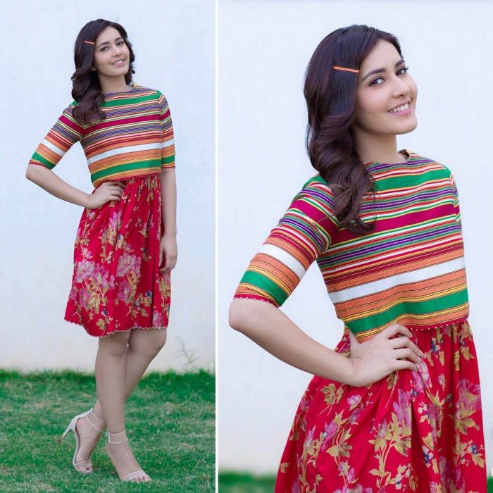 Photos: A charming Raashi Khanna gears up for a FB chat