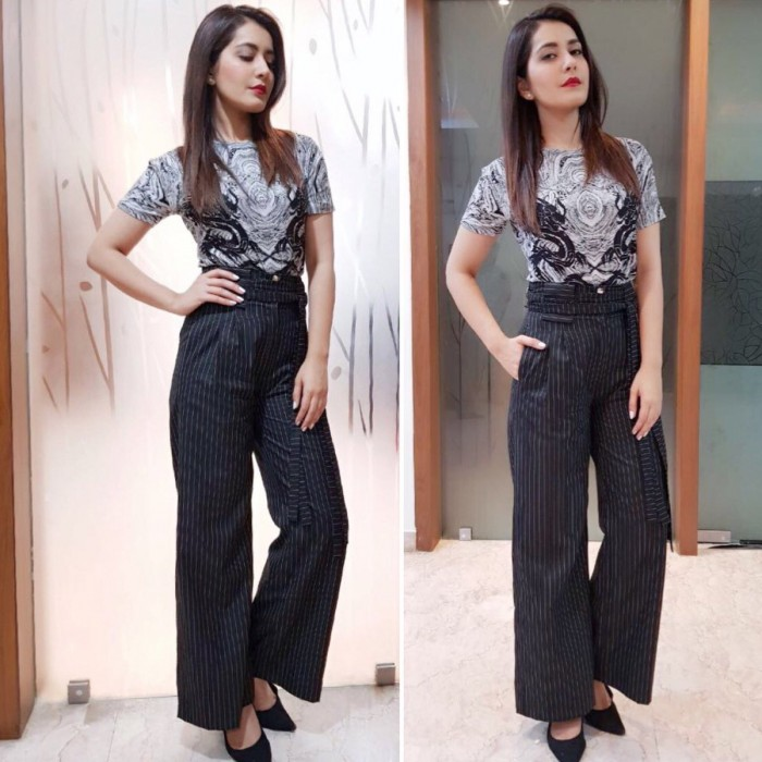 Photos: These recent photos of Raashi Khanna prove that she is elegance personified