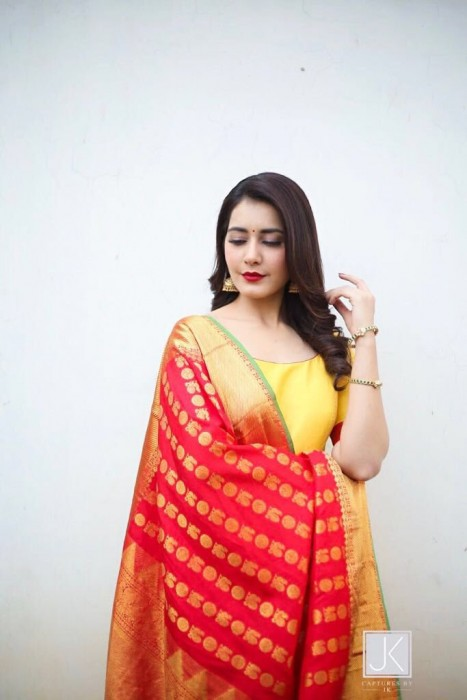 A graceful Raashi Khanna gears up to attend the launch pooja of Srinivasa Kalyanam