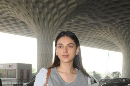 A ravishing Aditi Rao Hydari makes an appearance at the Mumbai airport