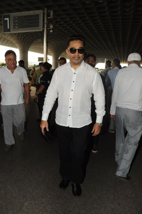 Photos: Kamal Haasan spotted at the airport in Mumbai