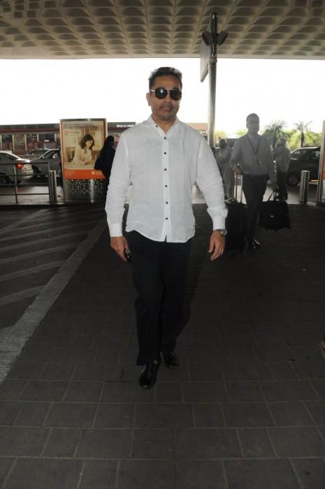 Photos: Kamal Haasan spotted at the airport in Mumbai