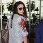 Airport Spotting: Rakul Preet makes a splash at the Mumbai airport