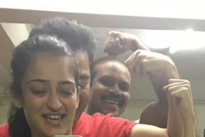 Kamal Haasan and daughter Akshara Haasan are giving us fitness goals in this picture