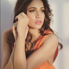 Lavanya Tripathi signed on opposite Ravi Teja in Santosh Srinivas' next?