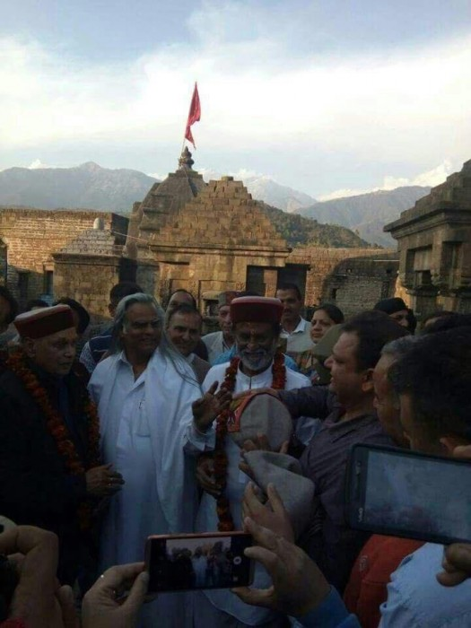 On his way to the Himalayas, Rajinikanth makes a stop at Dharmashala