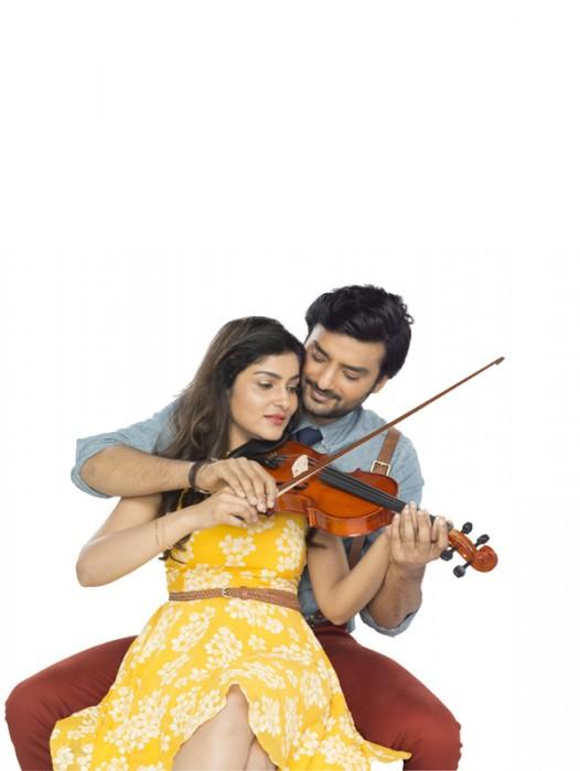 Fantasy and reality captured in Rajaratham's Ninnu Nenu Preminchanantu Song