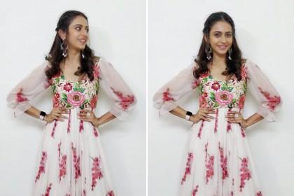 Rakul Preet looks stunning and graceful in her latest photos