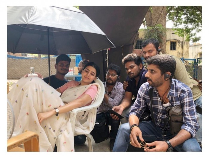Samantha unwinds like a queen on the shoot location of Mahanati