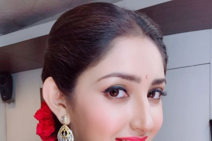 Sayyeshaa looks graceful in these photos from a shoot