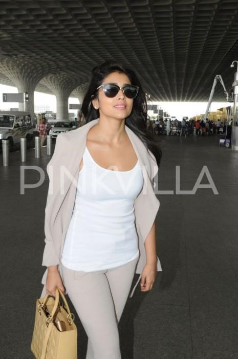 A charming Shriya Saran at the airport