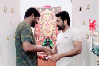 Suriya gifts a car to his Thaanaa Serndha Koottam director Vignesh Shivn