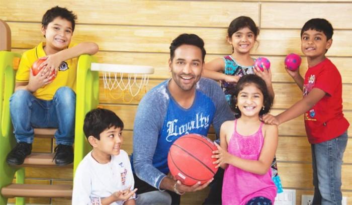 Actor Vishnu Manchu offers to adopt a Basket Ball Team in Andhra Pradesh