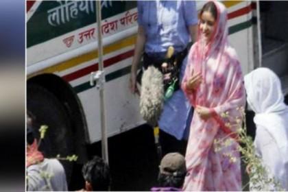 गली- गली घूम रही है अनुष्का शर्मा