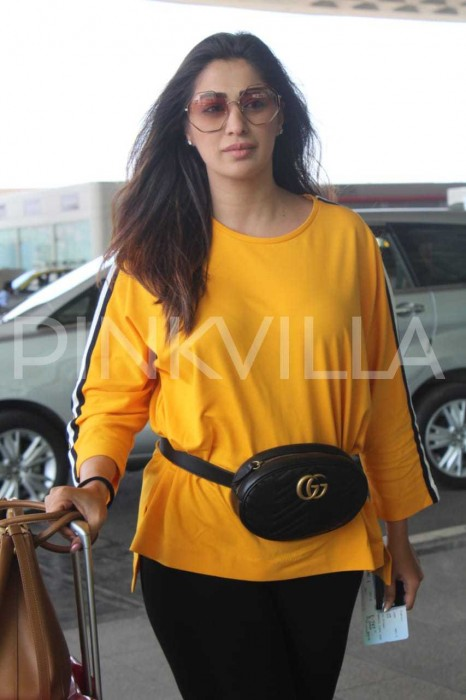 Photos: Raai Laxmi's airport look proves that she doesn't need any make-up to look good
