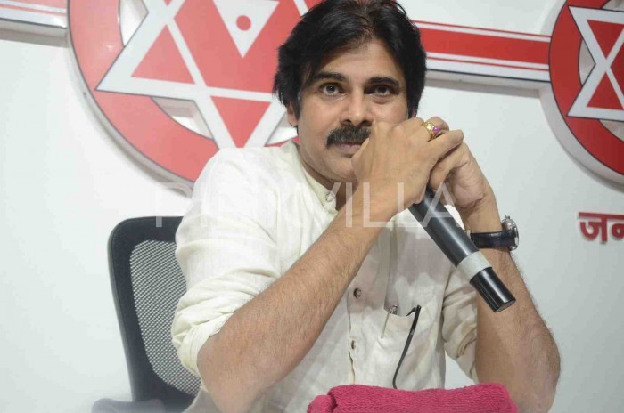 Kathua case: Pawan Kalyan feels that rapists should be skinned in public