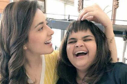 Srinivasa Kalyanam: These Behind The Scenes photos of Raashi Khanna are too cute