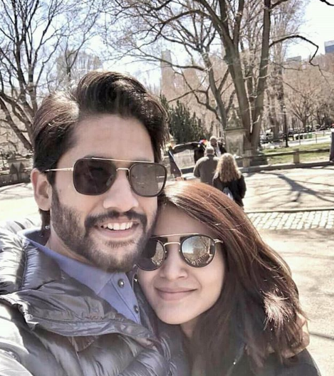 Samantha gets nostalgic as she poses with Naga Chaitanya for this awesome selfie and here's why
