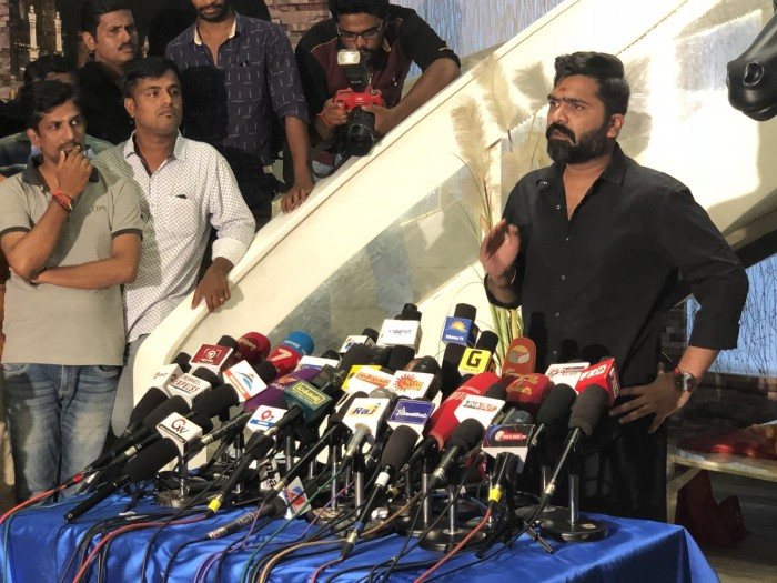 Simbu leaves everyone confused with his speech at a press conference about Cauvery and IPL