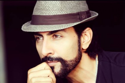 Bollywood actor Sudhanshu Pandey to make his debut in Kannada with Sudeep starrer Kotigobba sequel