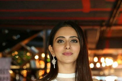 Watch: This video of Rakul working out will give you fitness goals