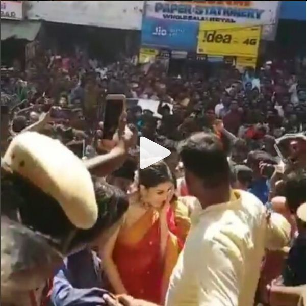 Video: Hansika Motwani gets mobbed by fans in Chennai, here's how she reacted!