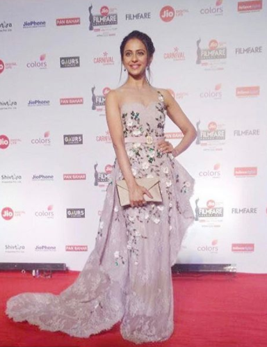 Rakul Preet wore an amazing flower detailing pastel gown at the Filmfare Awards 2018