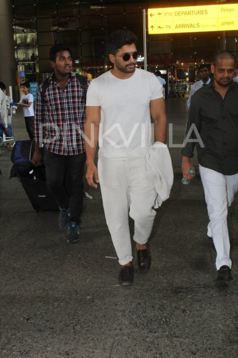 Photos: Allu Arjun spotted at Mumbai airport!