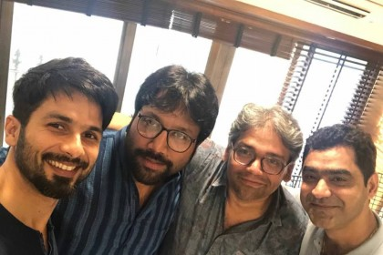 See Pic: Sandeep Vanga catches up with Shahid Kapoor who will feature in the Bollywood remake of Arjun Reddy