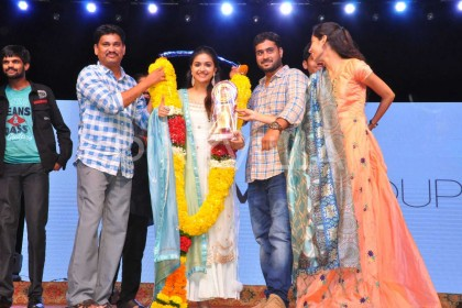 Photos: Keerthy Suresh, director Nag Ashwin and others celebrate the success of Mahanati in Vizag