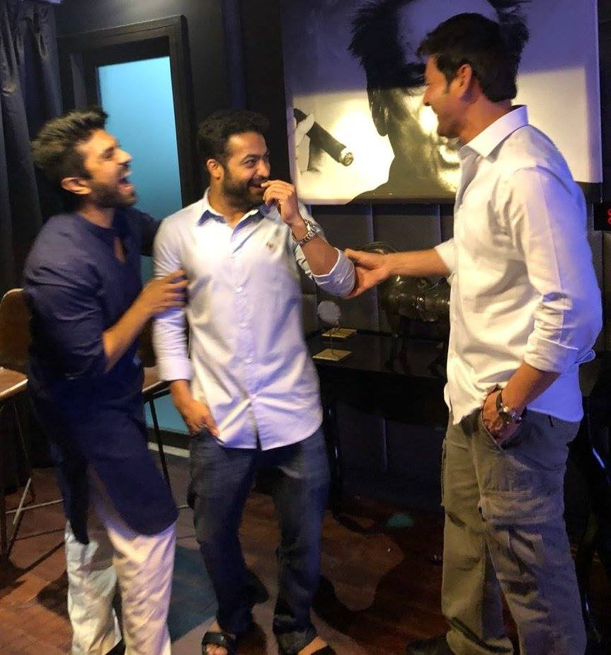 See Pic Camaraderie Between Jr Ntr Ram Charan And Mahesh