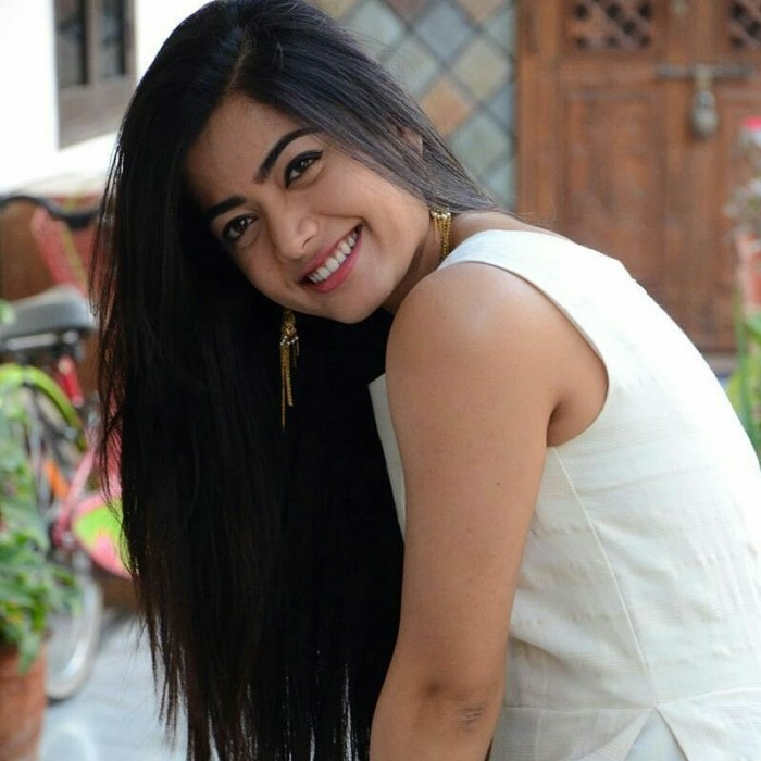 Rashmika Mandanna starts preparing for her role in Vijay Deverakonda starrer Dear Comrade