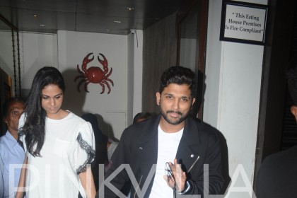 Photos: South star Allu Arjun spotted on a dinner date with wife in Mumbai