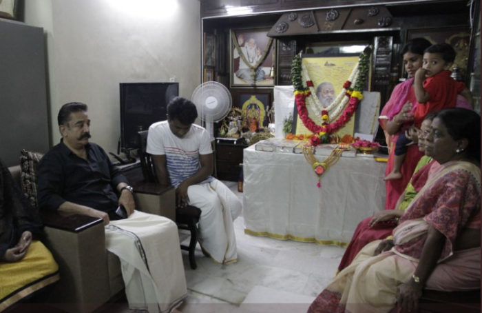 Photos: Kamal Haasan visits late legendary writer Balakumaran's house to offer condolences to the family